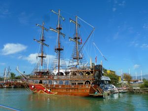 1938-ships-sailboats-free-ipad-hd-wallpaper_1024x1024[1]